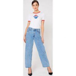Sweet SKTBS T-shirt Sweet Pepsi Ringer - White. Białe t-shirty damskie Sweet SKTBS, z kontrastowym kołnierzykiem. W wyprzedaży za 40.38 zł.