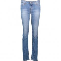 """Dżinsy """"Jasmin"""" - Regular fit - w kolorze błękitnym. Niebieskie jeansy damskie Mustang. W wyprzedaży za 195.95 zł."""