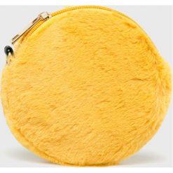 Answear - Portfel. Pomarańczowe portfele damskie ANSWEAR, z materiału. W wyprzedaży za 39.90 zł.