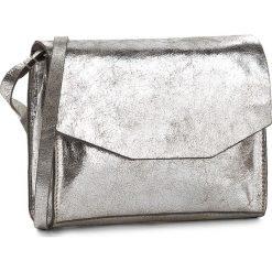 Torebka CLARKS - Treen Island  Silver Leather. Szare listonoszki damskie Clarks, z lakierowanej skóry. W wyprzedaży za 209.00 zł.