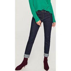 Jeansy regular fit - Granatowy. Niebieskie jeansy męskie Reserved. Za 99.99 zł.