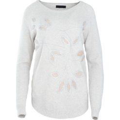 Jasnobeżowy Sweter My Melody. Brązowe swetry damskie Born2be, na jesień. Za 89.99 zł.