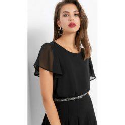 Koszulka z motylkowym rękawem. Czarne bluzki damskie Orsay, z dzianiny. Za 69.99 zł.