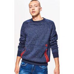 Sweter o kroju bluzy - Granatowy. Niebieskie swetry przez głowę męskie Cropp. Za 89.99 zł.