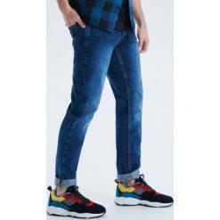Jeansy Straight fit - Granatowy. Jeansy męskie marki bonprix. Za 99.99 zł.