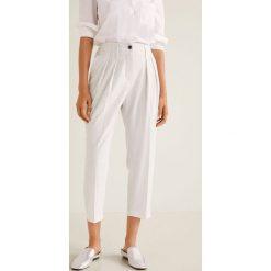 Mango - Spodnie Euxenio. Szare spodnie materiałowe damskie Mango, z elastanu. W wyprzedaży za 119.90 zł.