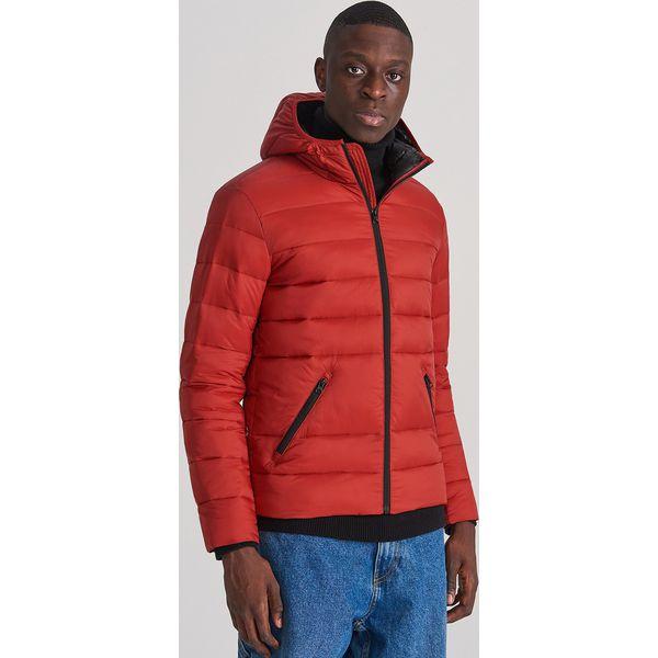 Pikowana kurtka z kapturem Czerwony