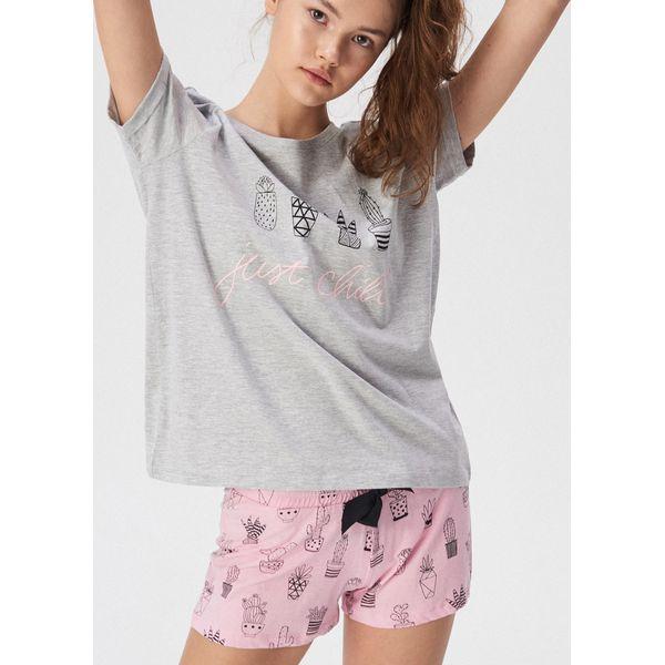 710a570b2ec48e Dwuczęściowa piżama Just chill - Jasny szar - Piżamy damskie marki ...