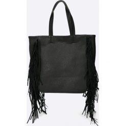 Pieces - Torebka. Czarne torby na ramię damskie Pieces. W wyprzedaży za 69.90 zł.