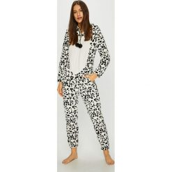 Etam - Kombinezon piżamowy Orlando. Szare piżamy damskie Etam, z dzianiny, z długim rękawem. Za 219.90 zł.