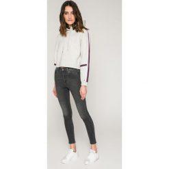 Tommy Jeans - Bluza. Szare bluzy damskie Tommy Jeans, z bawełny. W wyprzedaży za 359.90 zł.