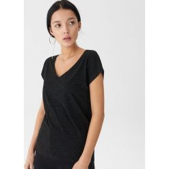 T-shirt z metalizowanym włóknem - Czarny. Czarne t-shirty damskie House, z włókna. Za 35.99 zł.