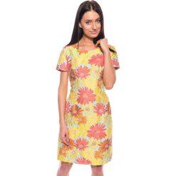 Kolorowa sukienka w kwiaty BIALCON. Różowe sukienki damskie BIALCON, na lato, z haftami, wizytowe, z krótkim rękawem. W wyprzedaży za 159.00 zł.