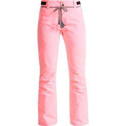 Brunotti SUNLEAF Spodnie narciarskie fluo pink. Spodnie sportowe damskie Brunotti, z materiału, sportowe. W wyprzedaży za 377.10 zł.