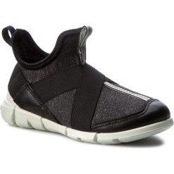 Półbuty ECCO - Intrinsic Sneaker 70507254610 Black/Black/White. Półbuty chłopięce marki Born2be. W wyprzedaży za 239.00 zł.