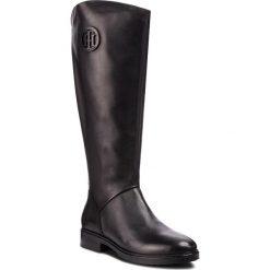 Oficerki TOMMY HILFIGER - Basic Th Riding Boot FW0FW03433 Black 990. Czarne kozaki damskie Tommy Hilfiger, z materiału. Za 999.00 zł.
