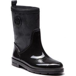 Kalosze TOMMY HILFIGER - Shiny Camo Rain Boot FW0FW03318 Black 990. Kozaki damskie marki Roberto. W wyprzedaży za 379.00 zł.