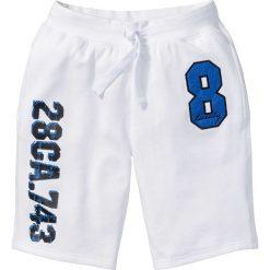Bermudy dresowe bonprix biały. Spodnie sportowe męskie marki bonprix. Za 69.99 zł.