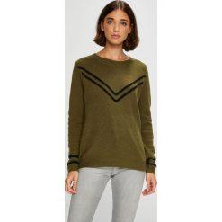 Roxy - Sweter Town Crew. Brązowe swetry damskie Roxy, z dzianiny, z okrągłym kołnierzem. W wyprzedaży za 239.90 zł.