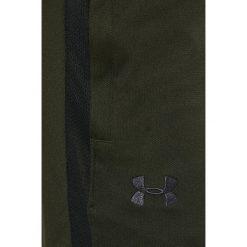 Under Armour - Spodnie Sportstle Pique Track. Szare spodnie sportowe męskie Under Armour, z materiału. W wyprzedaży za 139.90 zł.