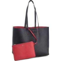 Torebka DKNY - Brayden R83AZ756  Buj-Blk/Rouge 29. Czarne torebki do ręki damskie DKNY, ze skóry ekologicznej. Za 849.00 zł.