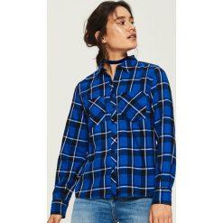 Koszula w kratę - Niebieski. Niebieskie koszule damskie Sinsay. W wyprzedaży za 49.99 zł.