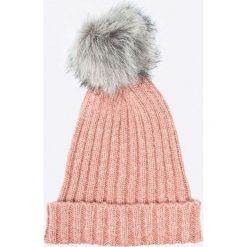 Pieces - Czapka. Szare czapki i kapelusze damskie Pieces, z dzianiny. W wyprzedaży za 29.90 zł.