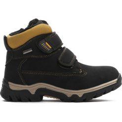 Czarne Traperki Out In Front. Czarne buty zimowe chłopięce Born2be, z materiału. Za 89.99 zł.