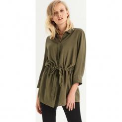 Koszula z wiązaniem w talii - Khaki. Brązowe koszule damskie Sinsay. Za 59.99 zł.