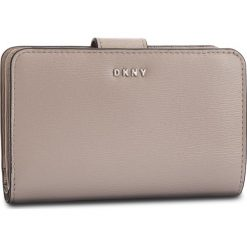 Duży Portfel Damski DKNY - R8313659  Warm Grey WG5. Szare portfele damskie DKNY, ze skóry. Za 459.00 zł.