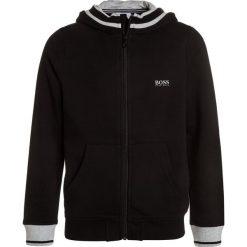 BOSS Kidswear JOGGING  Bluza rozpinana schwarz. Bluzy dla chłopców BOSS Kidswear, z bawełny. Za 399.00 zł.