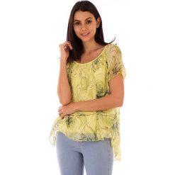 Koszulka w kolorze żółtym. T-shirty damskie 100% Soie, klasyczne, z asymetrycznym kołnierzem, z krótkim rękawem. W wyprzedaży za 130.95 zł.
