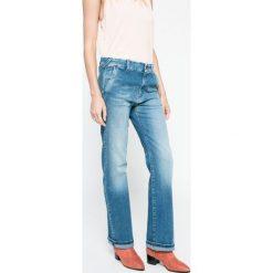 Pepe Jeans - Jeansy. Niebieskie jeansy damskie Pepe Jeans. W wyprzedaży za 219.90 zł.