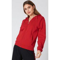 NA-KD Basic Bluza basic z kapturem - Red. Czerwone bluzy damskie NA-KD Basic. W wyprzedaży za 60.57 zł.