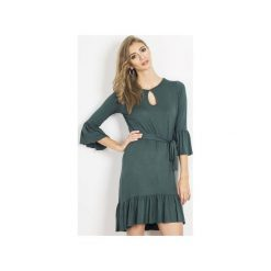 Sukienka Shira. Zielone sukienki damskie Wow fashion, w paski, z wiskozy, z falbankami. Za 199.00 zł.
