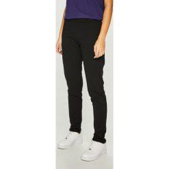 Answear - Spodnie Nomad. Szare spodnie materiałowe damskie ANSWEAR, z bawełny. W wyprzedaży za 99.90 zł.