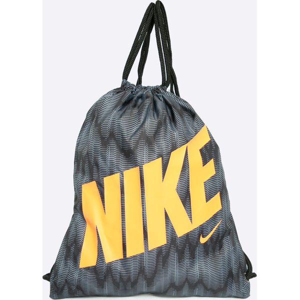 75edbc132a3bc Nike Kids - Plecak dziecięcy - Plecaki damskie marki Nike Kids. W  wyprzedaży za 39.90 zł. - Plecaki damskie - Akcesoria damskie - Dla kobiet  - Chillizet.pl