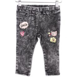 Primigi Jeansy Dziewczęce 92 Czarny. Czarne jeansy dla dziewczynek Primigi, z jeansu. W wyprzedaży za 89.00 zł.
