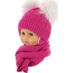 Czapka niemowlęca z szalikiem CZ+S 016F różowa. Czapki dla dzieci marki Reserved. Za 47.14 zł.