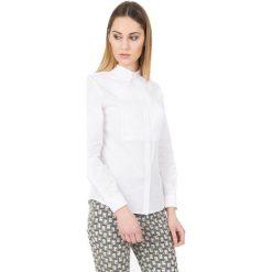 Biała koszula z długim rękawem i kołnierzykiem BIALCON. Białe koszule damskie BIALCON, biznesowe, z klasycznym kołnierzykiem, z długim rękawem. W wyprzedaży za 157.00 zł.