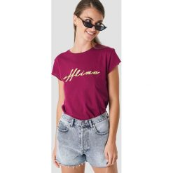 NA-KD T-shirt Offline - Purple. Fioletowe t-shirty damskie NA-KD, z nadrukiem, z okrągłym kołnierzem. Za 72.95 zł.