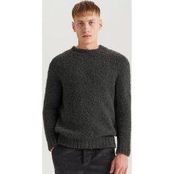 Sweter z domieszką wełny ReDesign - Szary. Swetry przez głowę męskie marki Giacomo Conti. W wyprzedaży za 79.99 zł.