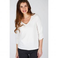 """Koszulka """"Jackys"""" w kolorze kremowym. Białe t-shirty damskie Scottage. W wyprzedaży za 63.95 zł."""