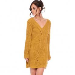 """Sukienka """"Samantha"""" w kolorze musztardowym. Żółte sukienki damskie Cosy Winter, ze splotem, z długim rękawem. W wyprzedaży za 159.95 zł."""