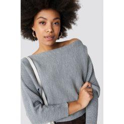 Trendyol Sweter z odkrytymi ramionami - Grey. Szare swetry damskie Trendyol, z dzianiny. Za 80.95 zł.