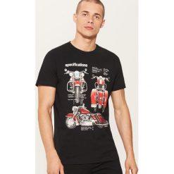 T-shirt z motocyklem - Czarny. T-shirty męskie marki Giacomo Conti. W wyprzedaży za 19.99 zł.