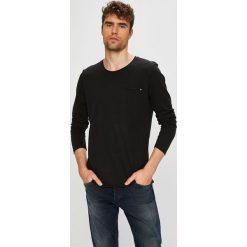 Blend - Longsleeve. Czarne bluzki z długim rękawem męskie Blend, z bawełny, z okrągłym kołnierzem. W wyprzedaży za 39.90 zł.
