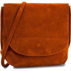Torebka CLARKS - Tallow Rosa 261354370  Burnt Orange. Brązowe listonoszki damskie Clarks, ze skóry. W wyprzedaży za 199.00 zł.