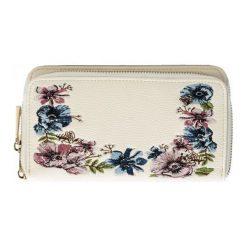 Bessie London Portfel Damski, Kremowy. Białe portfele damskie Bessie London, w kolorowe wzory. W wyprzedaży za 79.00 zł.