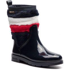 Kalosze TOMMY HILFIGER - Corporate Faux Fur Rain Boot FW0FW03616 Midnight 403. Niebieskie kozaki damskie Tommy Hilfiger, z materiału. Za 549.00 zł.